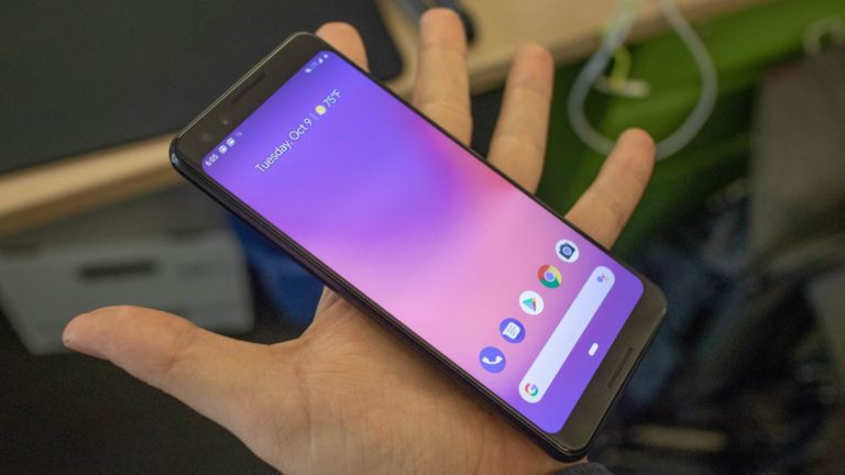 Two unannounced Pixel phones hinted at in Google code