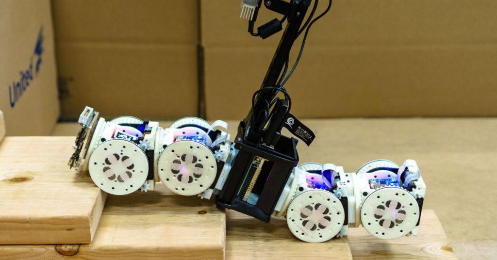 shape shifting robot cornell 1200x628