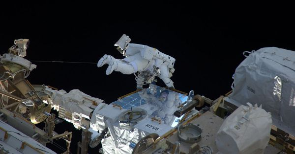 Russians Search Exterior of ISS For Signs of Sabotage on Spacewalk