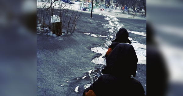 "Horrifying ""Black Snow"" Blankets Russian Towns"
