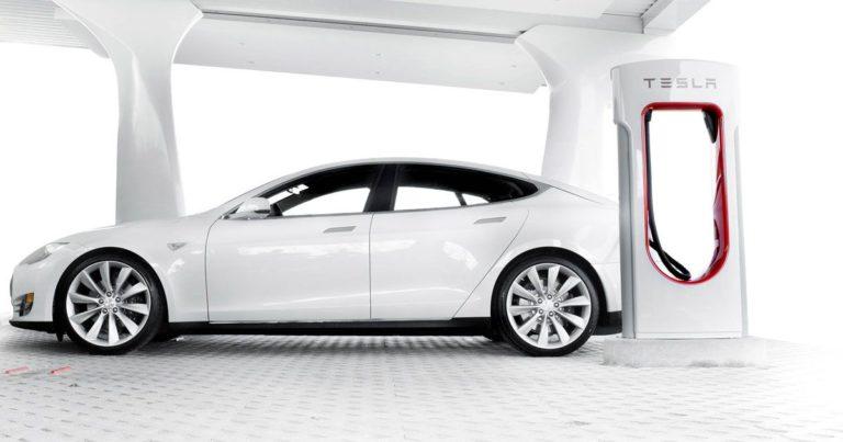 "Tesla Just Bought An ""Ultracapacitor"" Manufacturer"